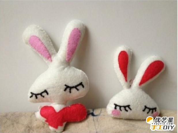 超级可爱的小兔子抱枕 简单手工布艺制作出可爱呆萌精致的兔子抱枕