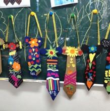 幼儿卡纸剪贴画制作帅气领带创意手工画 领带的拼贴画怎么做