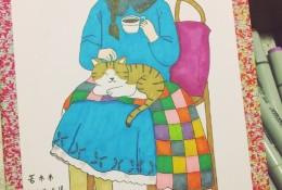 甜美安静女子坐在椅子上简单插画手绘教程图片 马克笔上色步骤 猫和咖啡的午