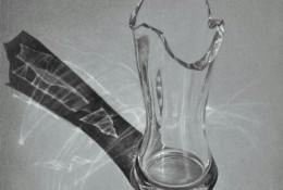 超逼真立体玻璃杯彩铅画教程 立体的破损的玻璃杯画法 玻璃质感怎么画 画法