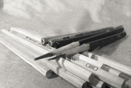 学画素描需要准备那些工具和材料?它们是用来做什么,有什么用途?