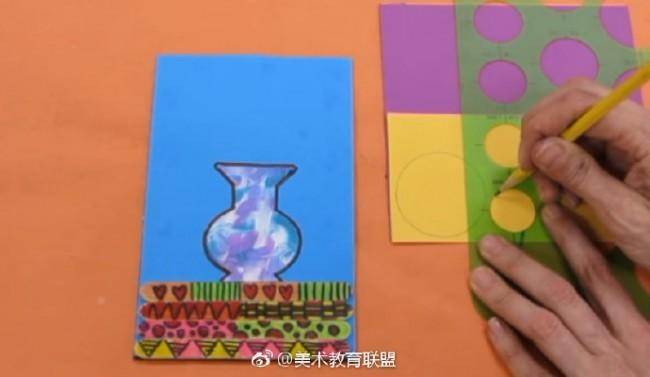 创意花瓶插花儿童手工拼贴画 绘画粘贴剪纸结合 趣味儿童手工画_www.youyix.com