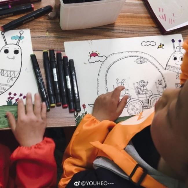 创意蜗牛车儿童画作品 线稿加上色彩色 有趣的蜗牛汽车儿童画图片_www.youyix.com