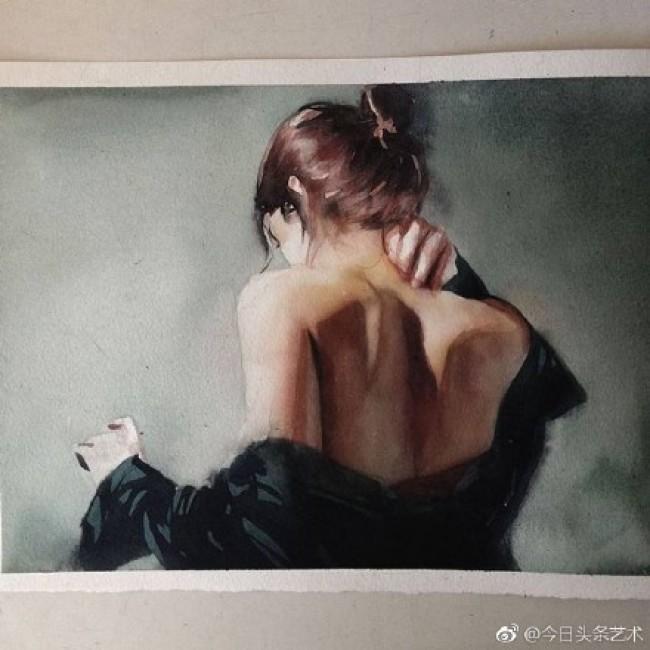 表现女性身体美感的水彩画作品图片 唯美女性肢体水彩画_www.youyix.com