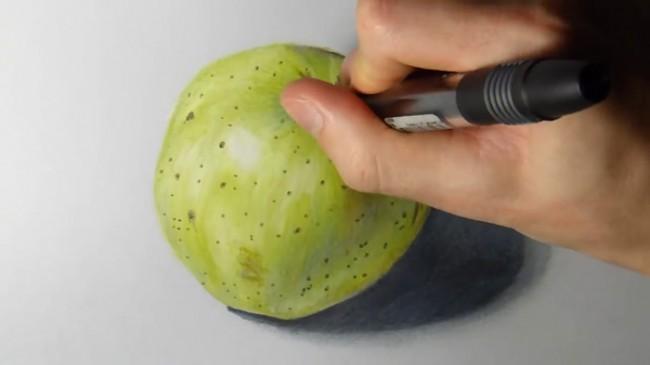 【视频】超写实手法彩铅画一只青苹果手绘视频教程 逼真的青苹果怎么画 画法_www.youyix.com