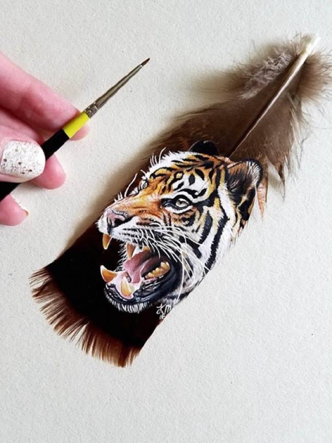 画在羽毛上的创意插画图片 各种可爱的小动物图片_www.youyix.com
