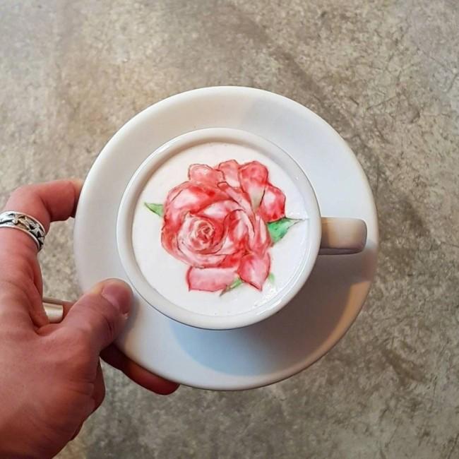 超美的咖啡拉花艺术作品图片 绘画造型很强 比画的都好_www.youyix.com